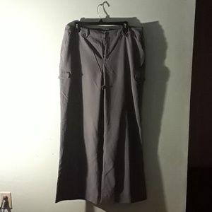 Wide leg cargo trousers
